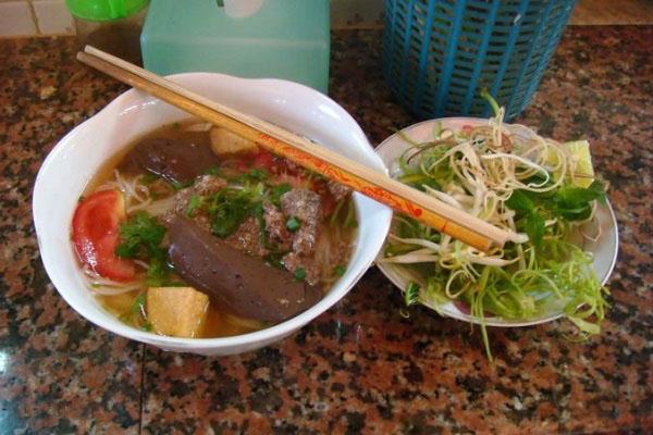Món ăn Hà Nội bún riêu